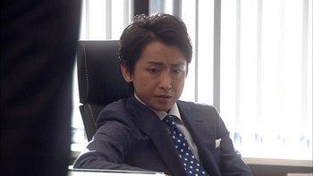 鮫島零治スーツ2.jpg