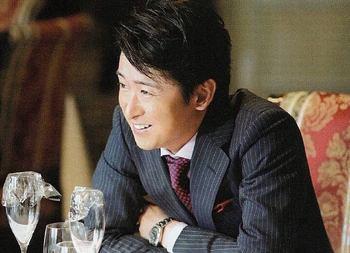 鮫島零治スーツ3.jpeg